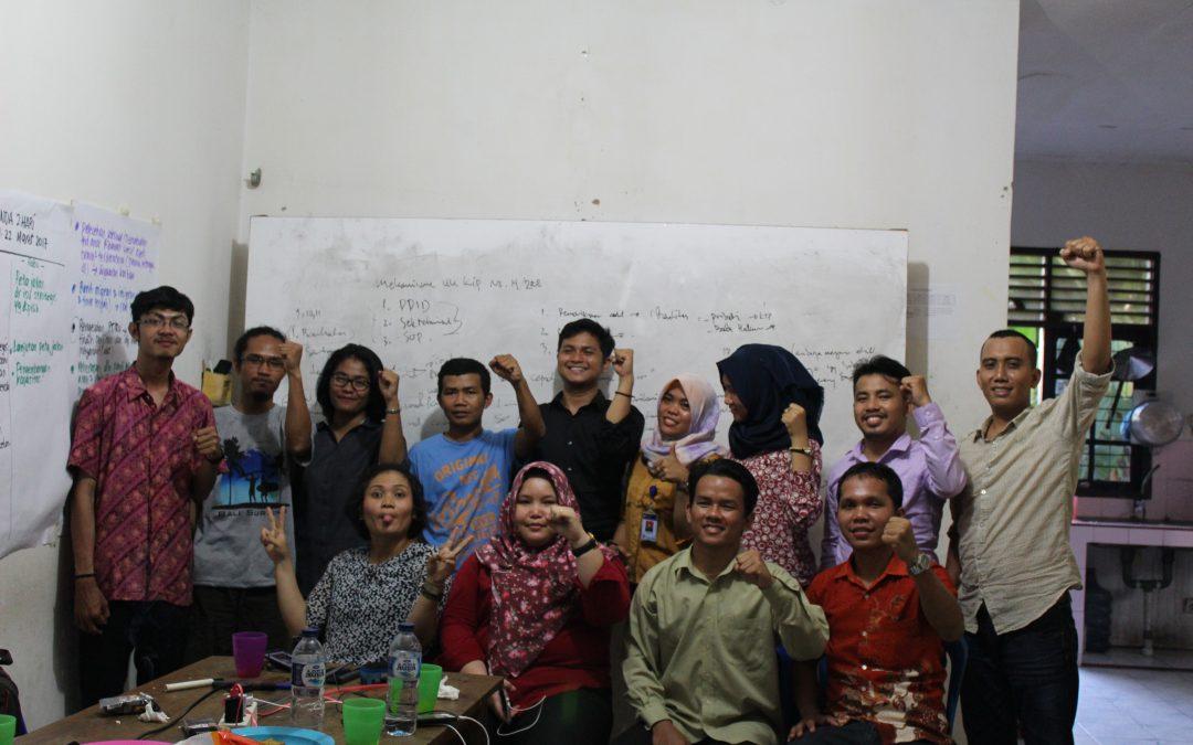 Diskusi Keterbukaan Informasi Publik bersama FITRA Riau